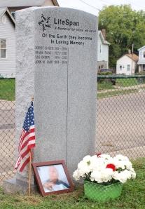 LifeSpan memorial marker